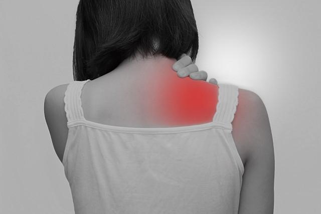 肩甲骨の痛みとは