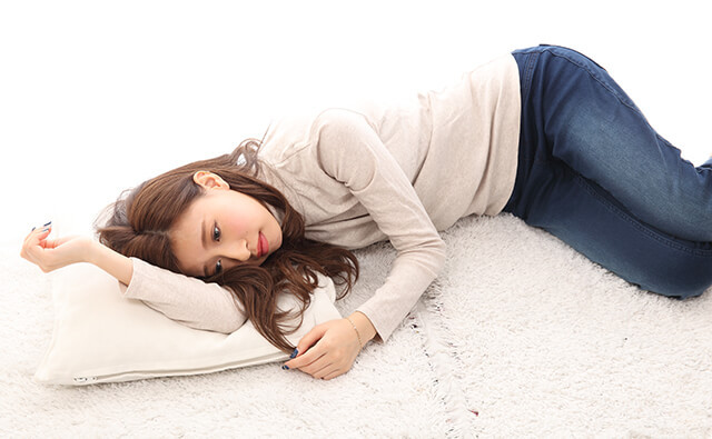 寝返り腰痛の原因と治療